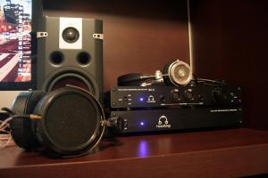 HiFiMAN HE500, Grado HP1000 e HeadAmp GS-X